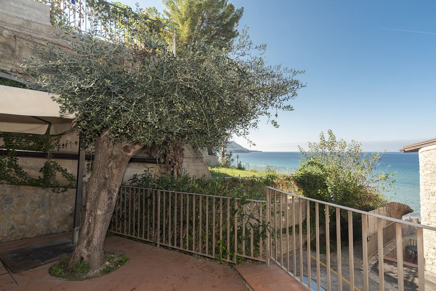 castellabate-cilento-mare-sole-6-8